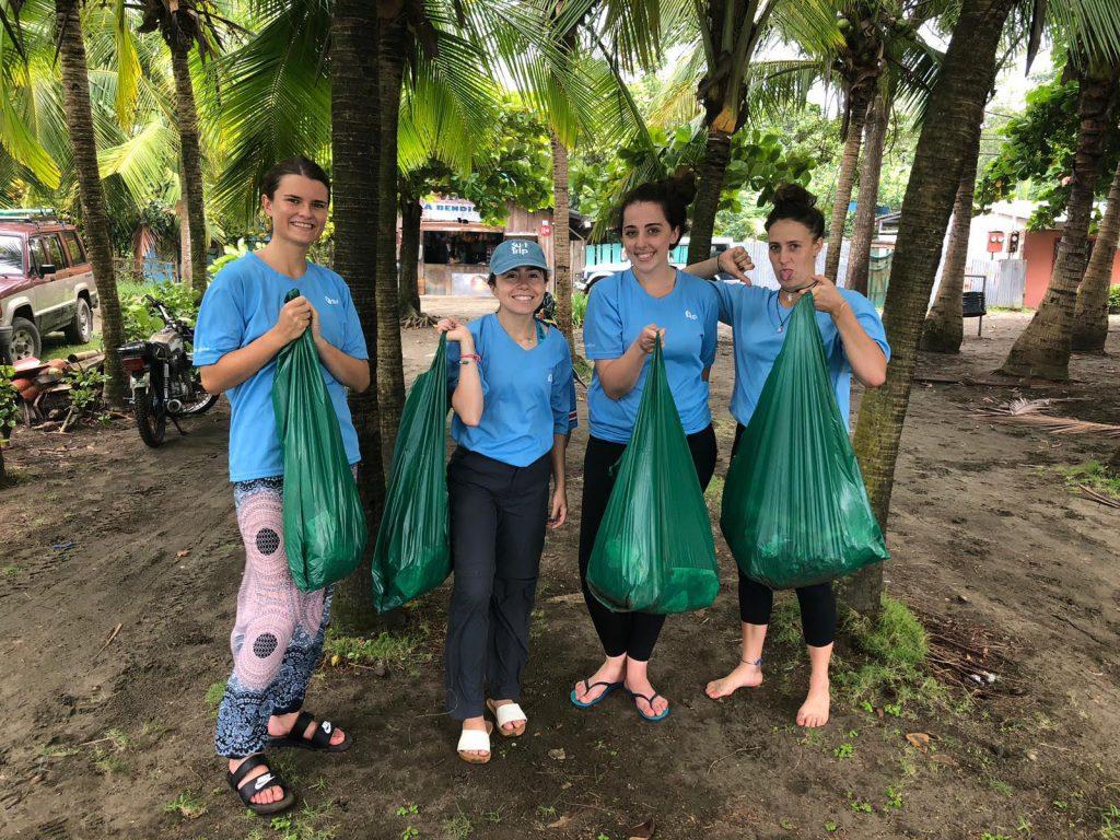El Cocal beach cleanup